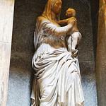 tomb of Raphael