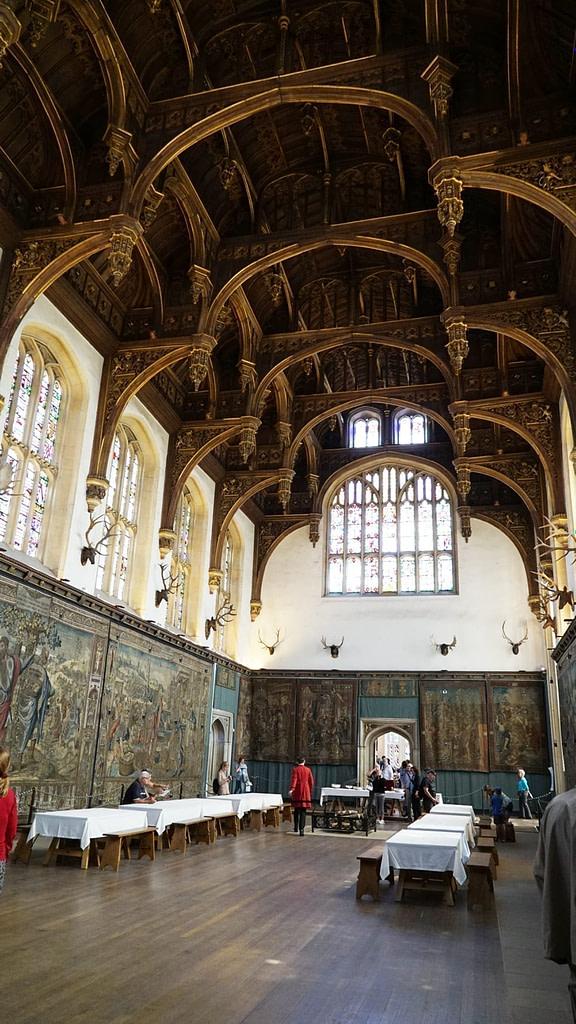 hampton court great hall